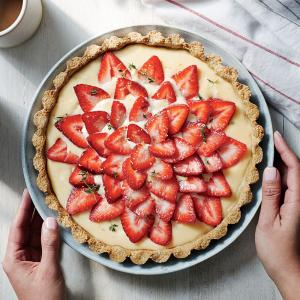 Strawberry Tart with Quinoa - Almond Crust